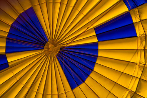 Balloon Yellow and Blue 20170627 8190 as Smart Object-1